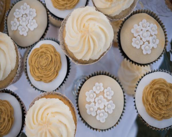 Marcipánové a krémové cupcakes