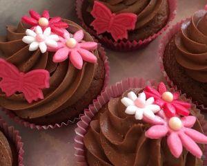 _okol_dov_cupcakes_s_marcip_nem_a_okol_dov_m_kr_mem