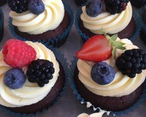 _okol_dov_cupcakes_s_ovocem_a_vanilkov_m_kr_mem