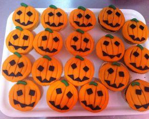 Cupcakes_s_marcip_novou_d_n_
