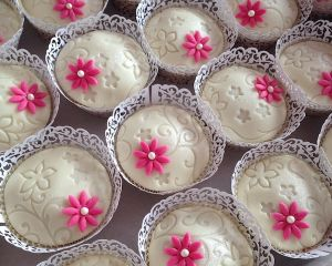 Svatebn_marcip_nov_cupcakes_v_ko_ilce