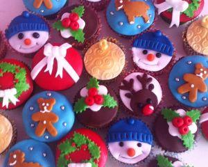 Vánoční Cupcakes sněhulák sob perníček