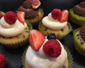 Cupcakes vanilkové a ovocem
