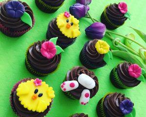 Cupcakes velikonoční kytičky a kuřátka