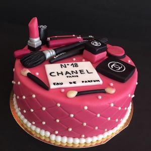 Dort Make-up - šminky - Chanel