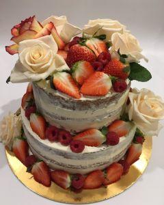 svatební dort - naked cake - nahý dort - čerstvé ovoce a růže