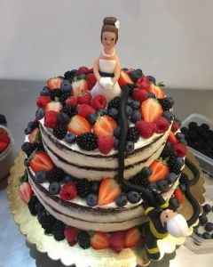 Svatební dort - naked cake - nahý dort - hasič