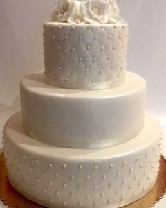 Svatební dort - velký 3.p. fondánový s růžemi