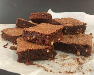 _okol_dov_brownies_s_o_ky
