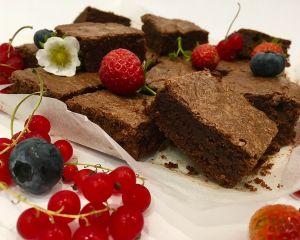 Brownies_okol_dov_s_ovocem