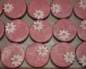 Cupcakes_s_r_ov_m_marcip_nem_a_kyti_kou